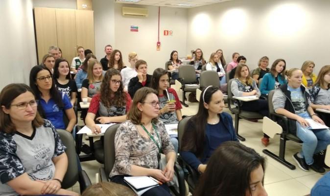 Cooperativismo nas Escolas Reúne Coordenação do Programa